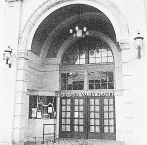 The front of the Putnam Theater