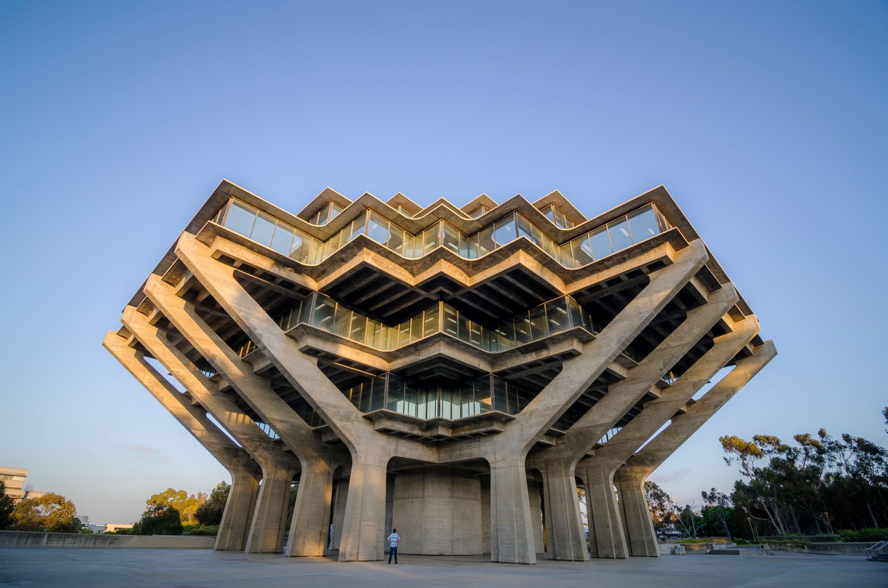 Perhaps the most well-respected example of Brutalist architecture, the library was constructed between 1968 and 1970.