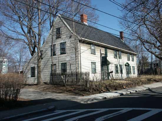 Pierce House, Courtesy of the Dorchester Atheneum, http://www.dorchesteratheneum.org/image.php?id=4733&slide=Pierce Avenue, Oakton Avenue&ko=1