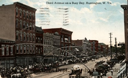 """Third Avenue on a Busy Day"" circa 1914"