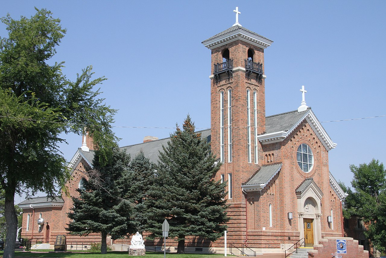Saint Anthony of Padua Church was built in 1920 and is a fine example of Romanesque architecture.