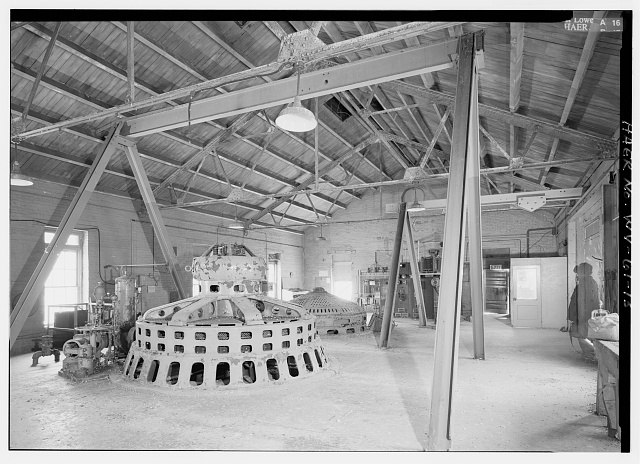 Two electrical generators. The one in the front was installed in 1925, while the one in the back dates to 1910. Image obtained from the Library of Congress.