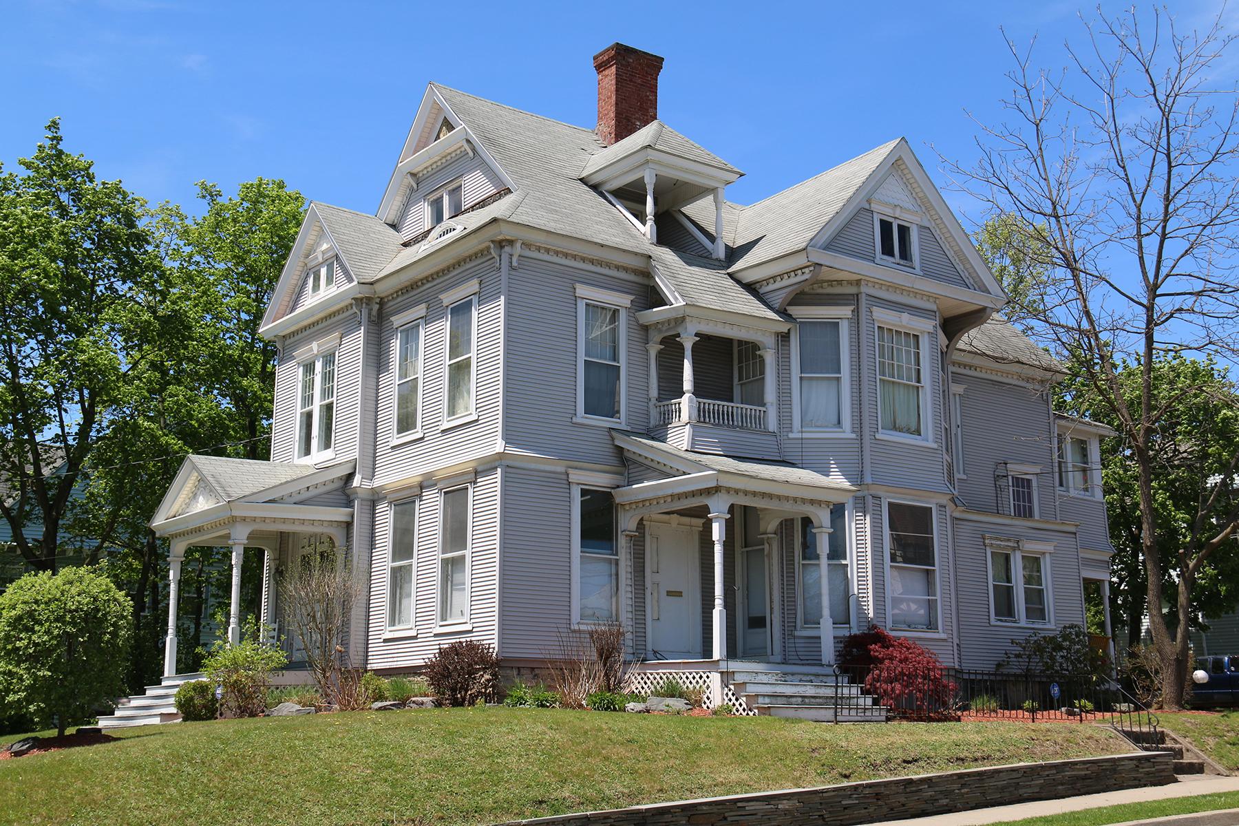 The Horton House, 72 Riverside Drive