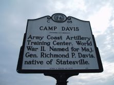 A sign commemorating Camp Davis along U.S. 17 in Holly Ridge, North Carolina. (North Carolina Highway Historical Marker Program)