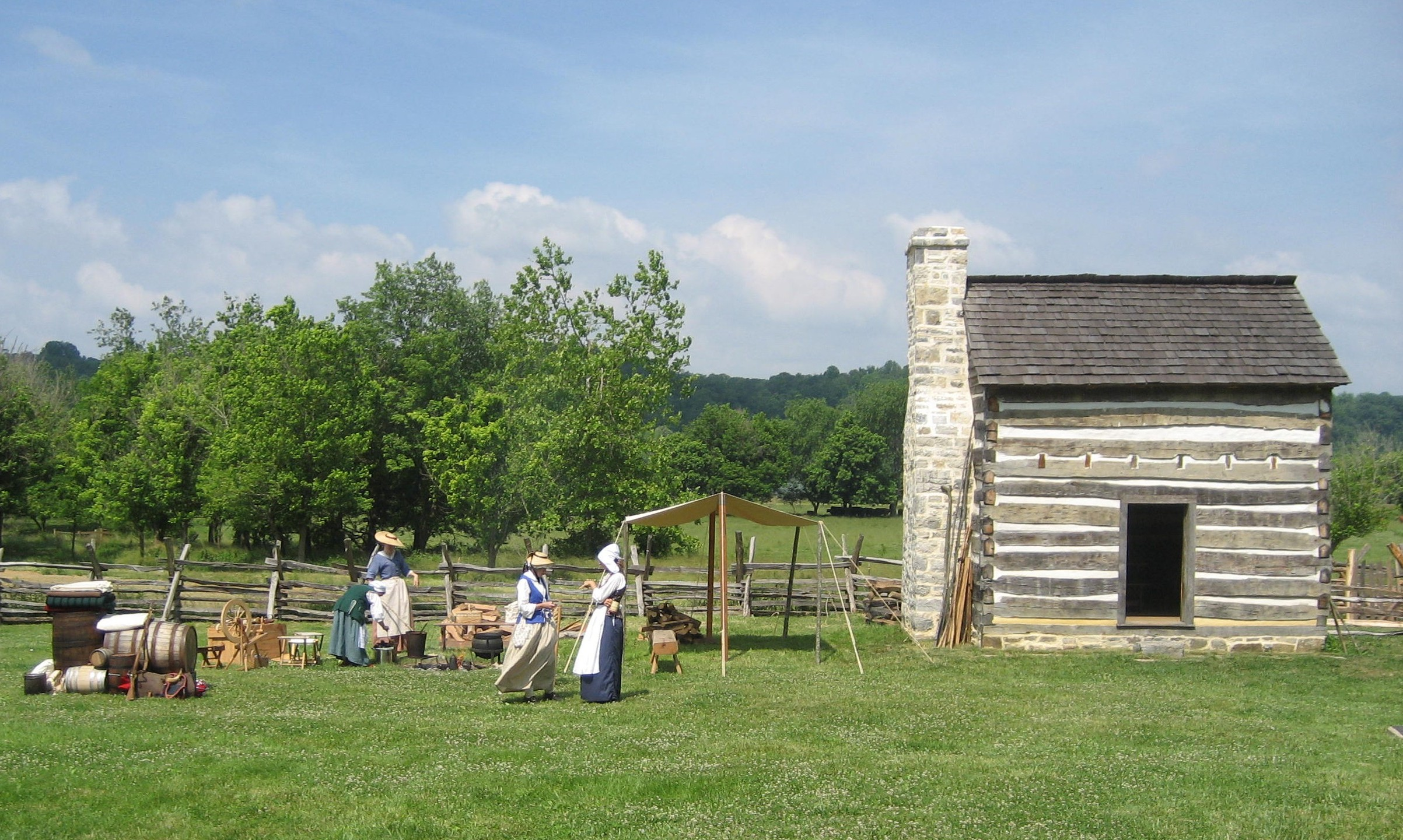 Ingles Cabin Replica 