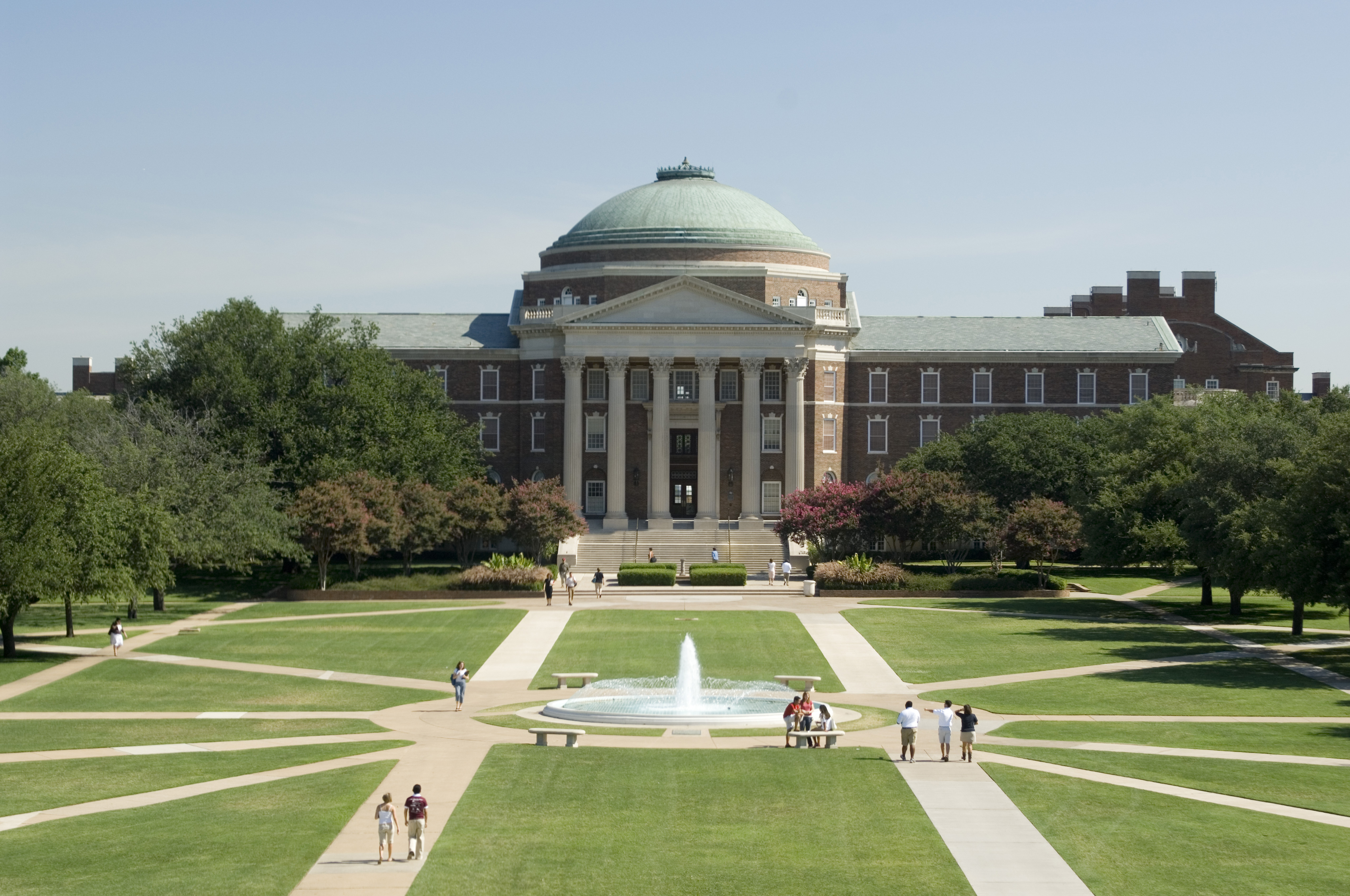 """Dallas Hall opened in 1915 and was so large that it is the origin of the school's nickname, """"The Hilltop."""""""