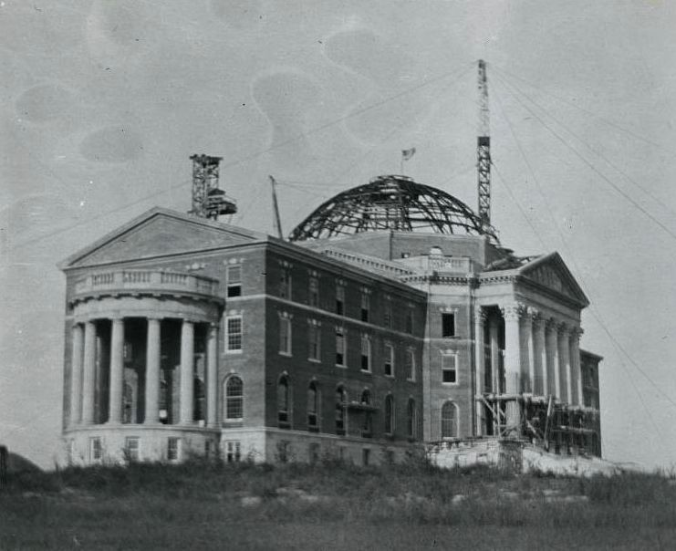 Dallas Hall in the process of being constructed in 1914.