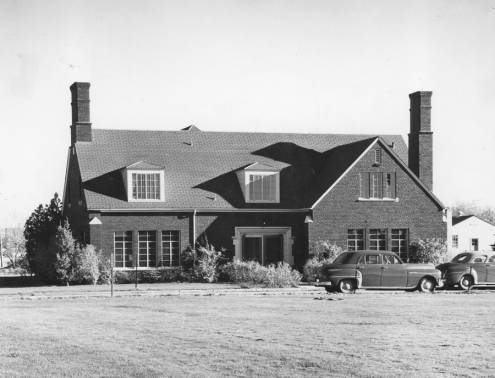 South Side of The Student Union Building 1940s (Boise State University Library, Special Collections and Archives)