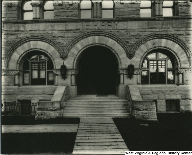 "Photo of the facade showing the building's old title of ""Library"", 1905."