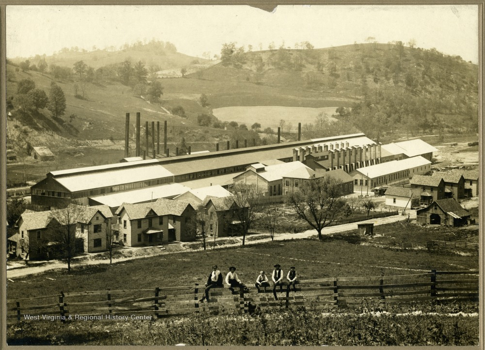 Tin plate mill between 1900 and 1910, around the time of its construction.