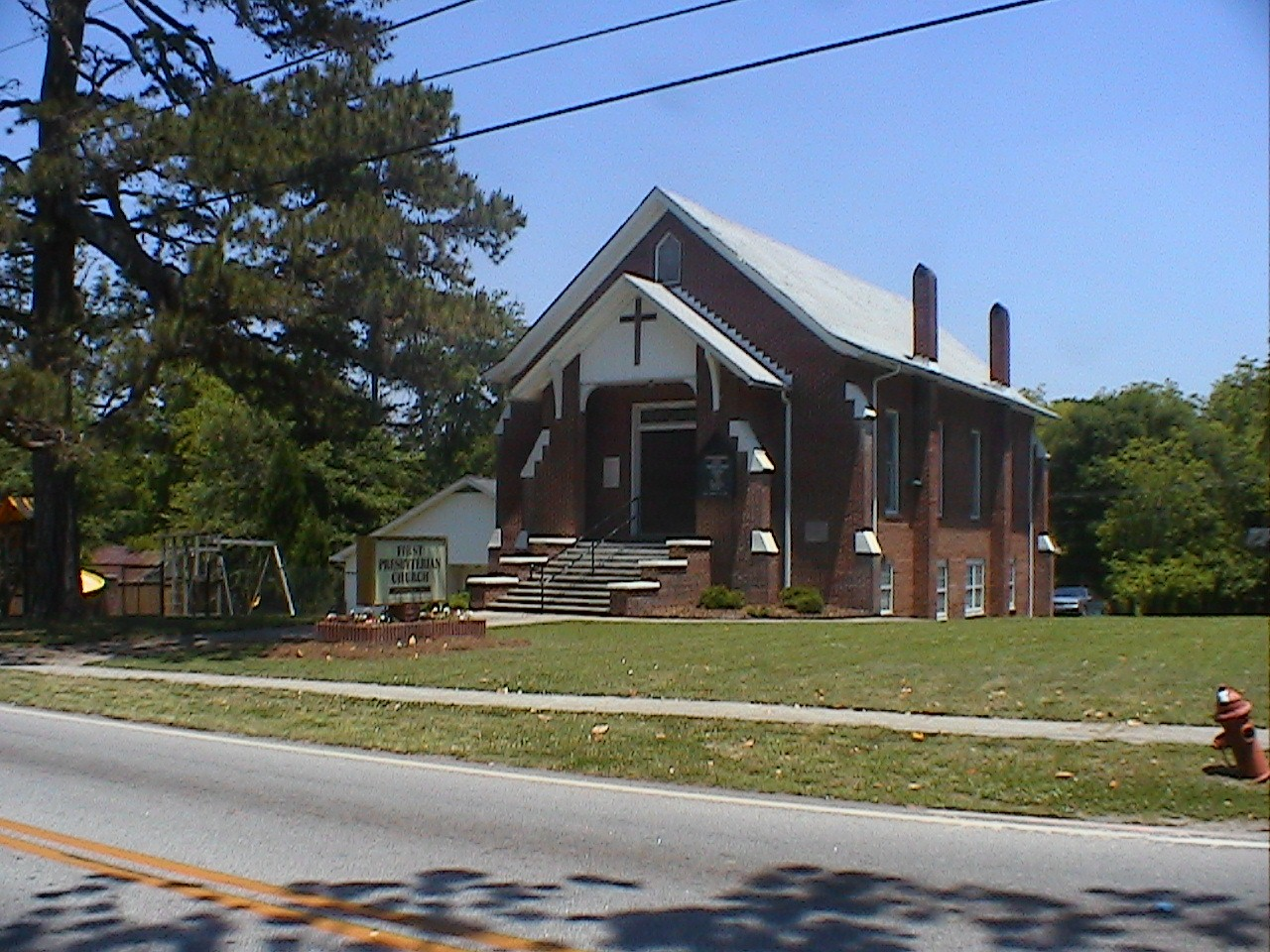 First Presbyterian Church of Villa Rica, Photograph by Ernest E. Blevins, MFA 26 May 2005