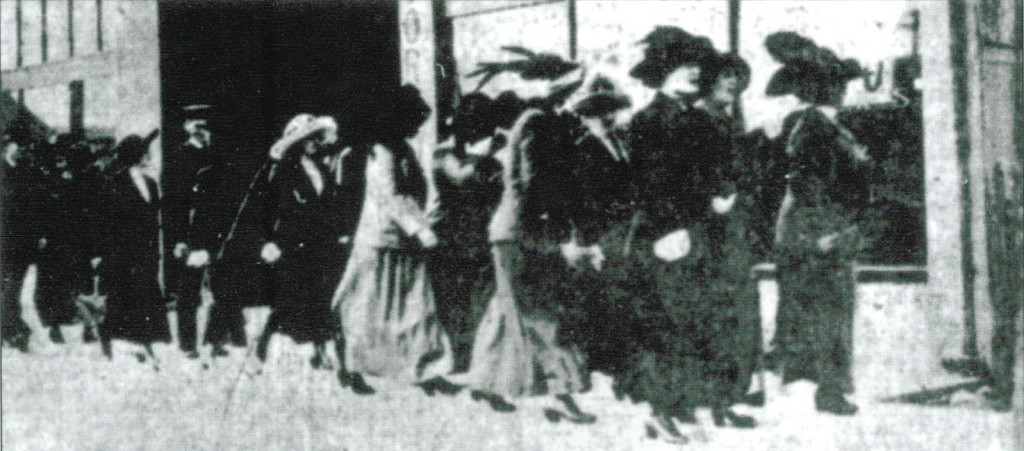 Women being gathered up during the Stingaree Raid of 1912. (Courtesy Gaslamp Quarter Historical Foundation)