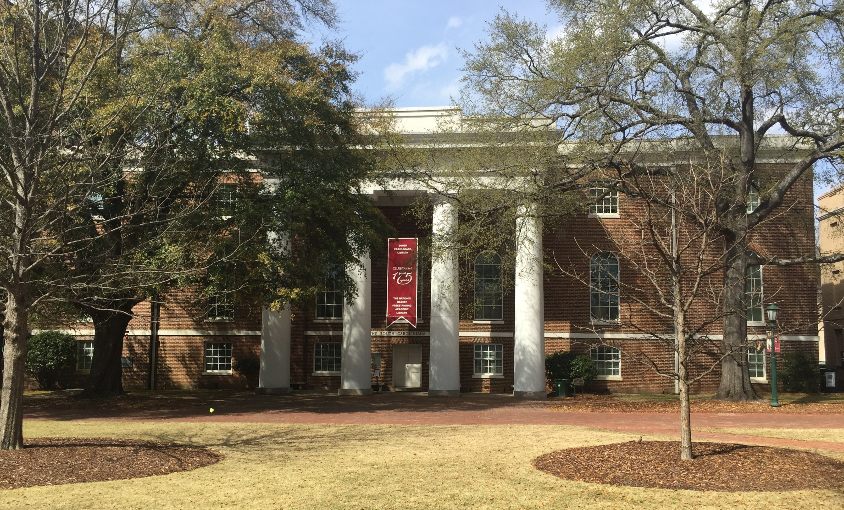South Caroliniana Library, constructed in 1840, the nation's oldest freestanding academic library
