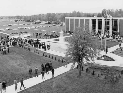 October 1968, dedication of the Memorial Mall, a fountain and courtyard dedicated to those who served in the military.