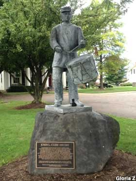 Statue of America's Youngest Soldier