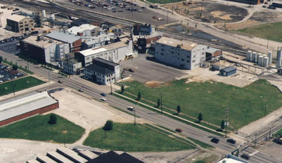 Aerial photo of the plant in 1998