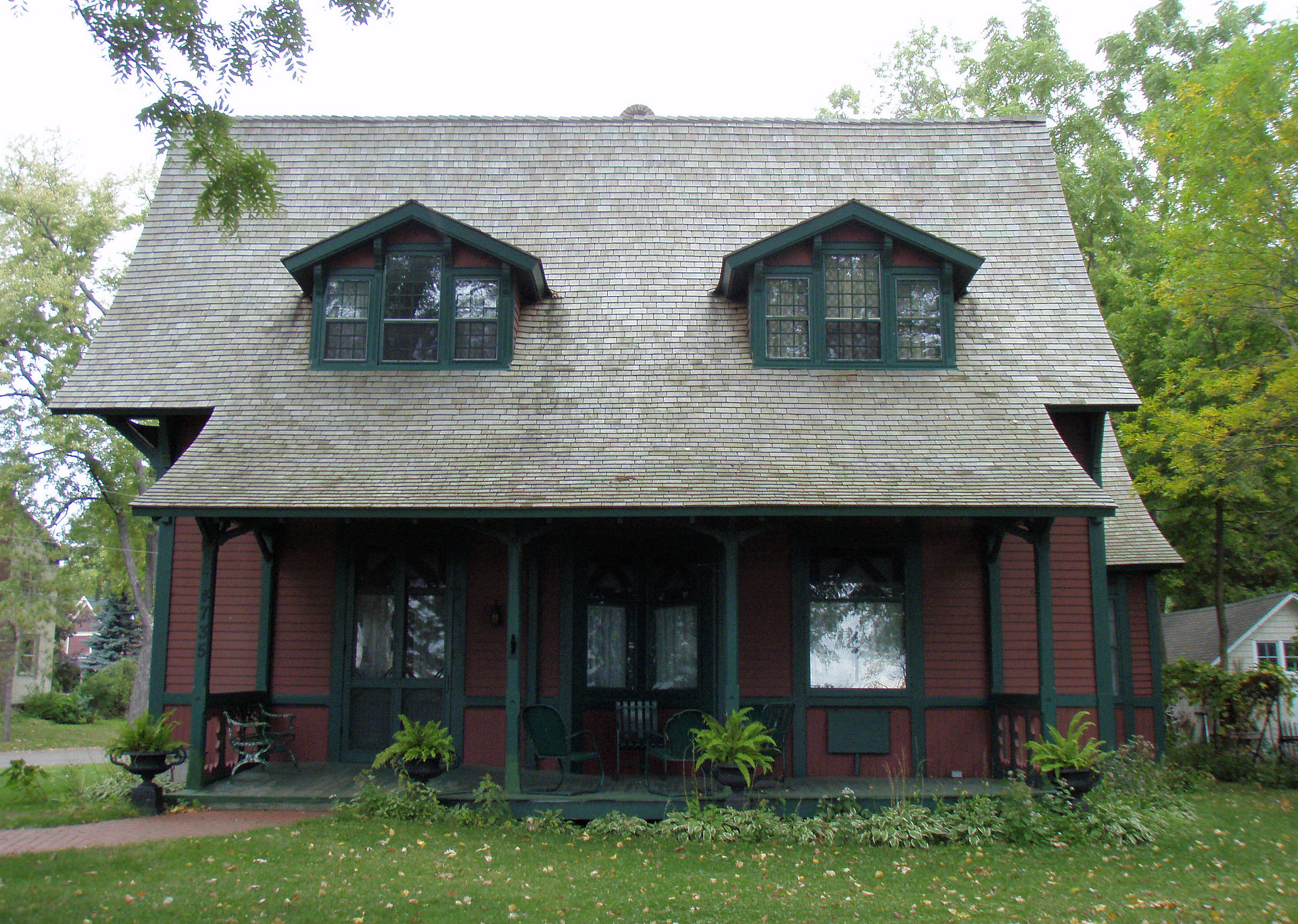 The Fillebrown House was built in 1879, probably by Charles Noyes, to be a summer home he and his family.