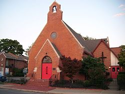 This is a street view of Trinity Episcopal Church as it stands today.