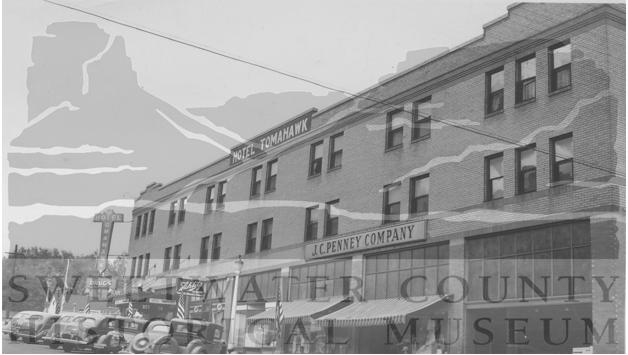Tomahawk Hotel