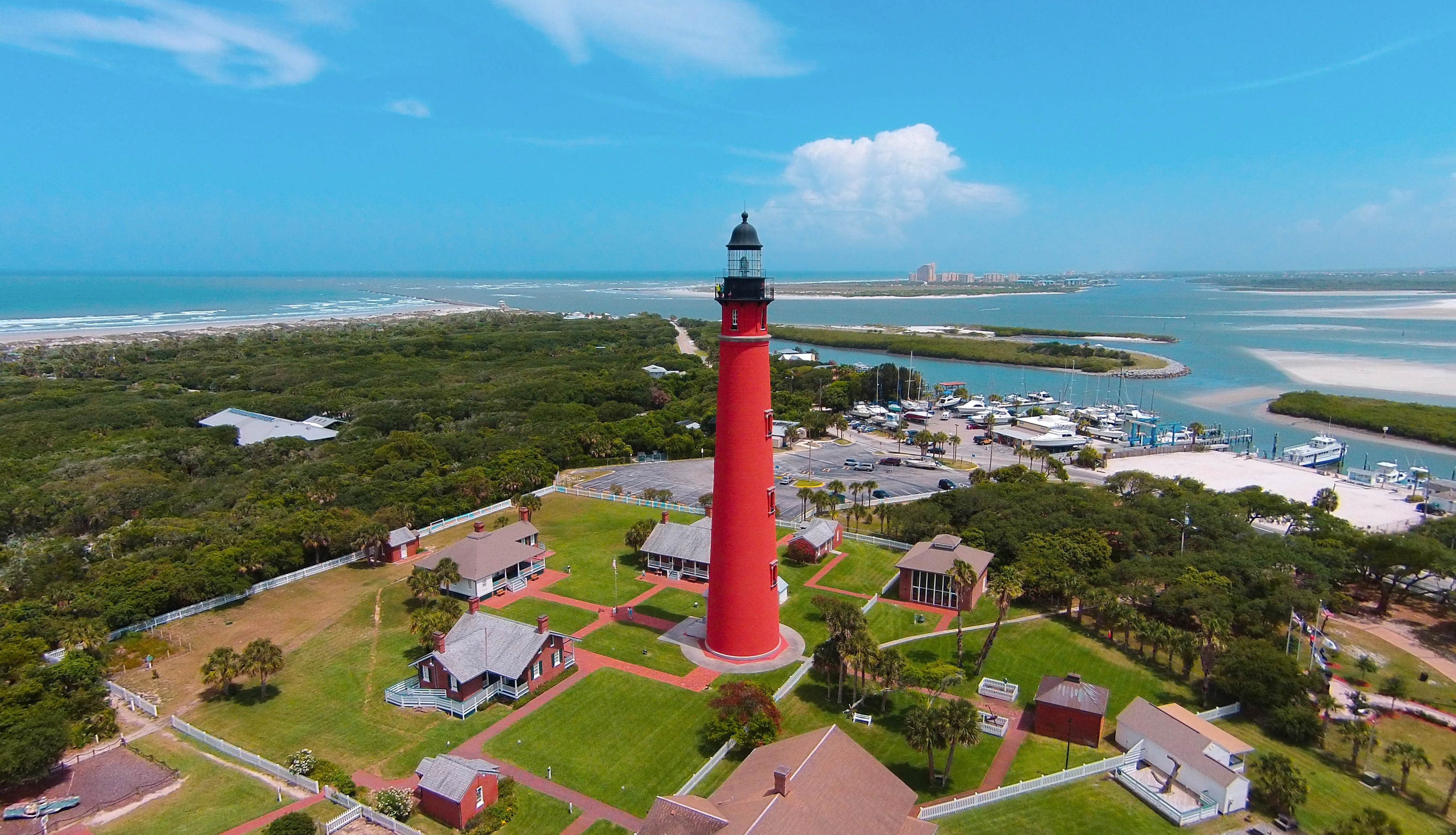 View of the Ponce de Leon Inlet lighthouse and museum.