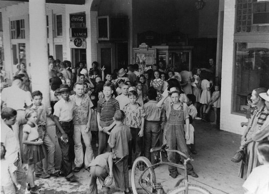 Rowena Theatre Scrap Metal Drive, 1944