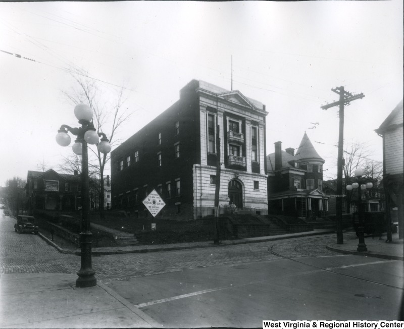 The building after completion-circa 1921. Notice the top terracotta section has since fallen or been removed.