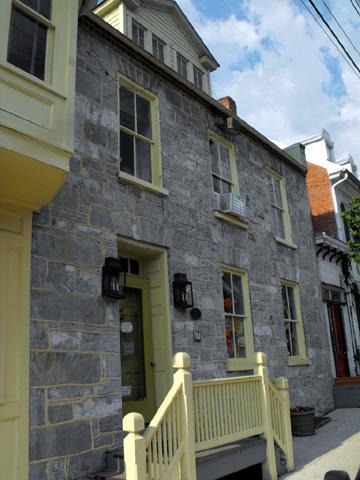 Yeasley House