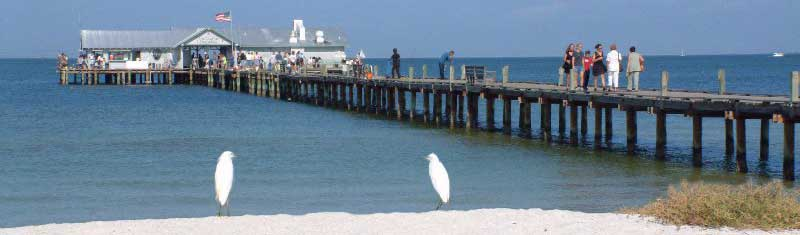 Side view of Anna Maria Island City Pier