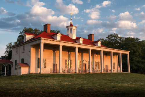 George Washington's Mount Vernon, upon which the Taylor-Condry House is based.
