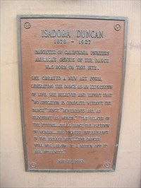 This plaque marking the birthplace of Isadora Duncan can be found directly to the right of the door to 501 Taylor Street.
