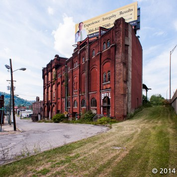 A picture looking towards Schmulbach's brewery.