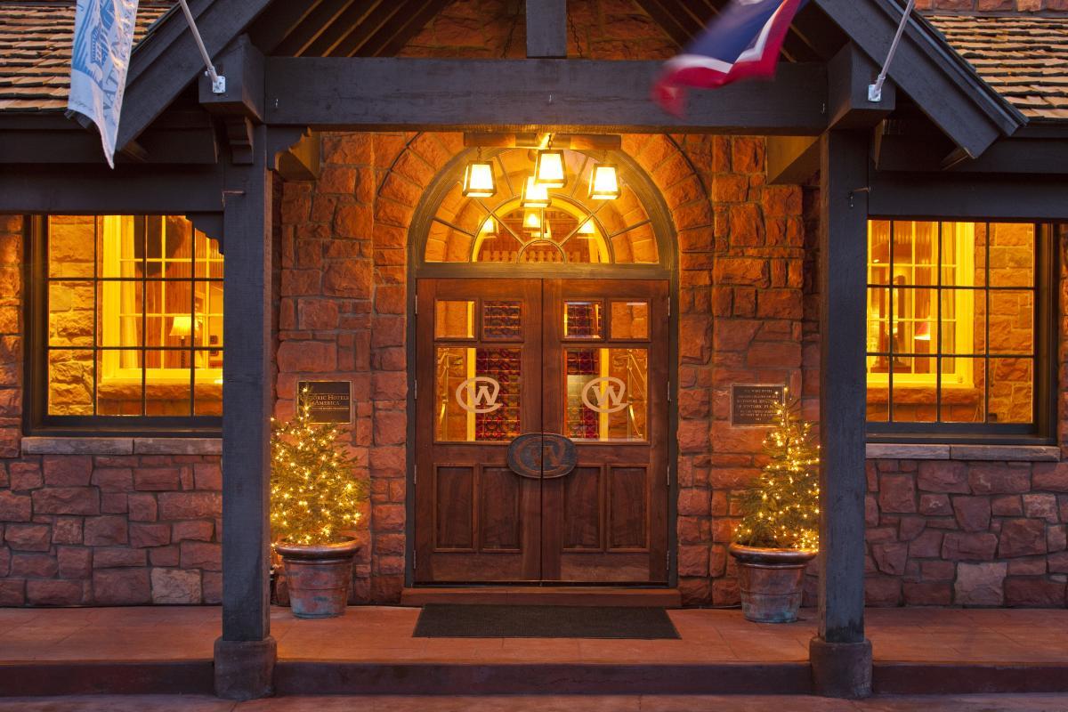 Wort Hotel Entrance