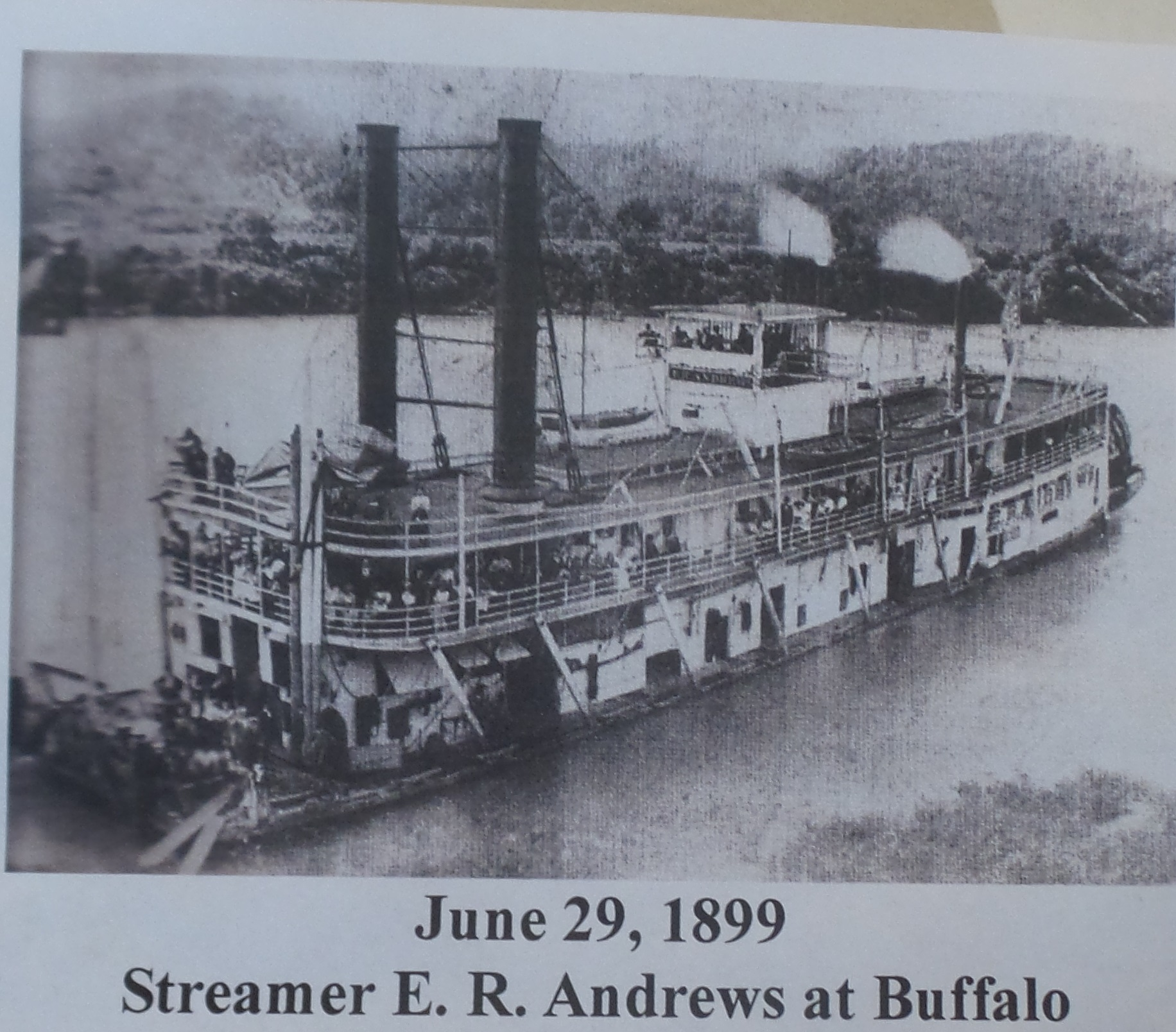 Steam boat E. R. Andrews