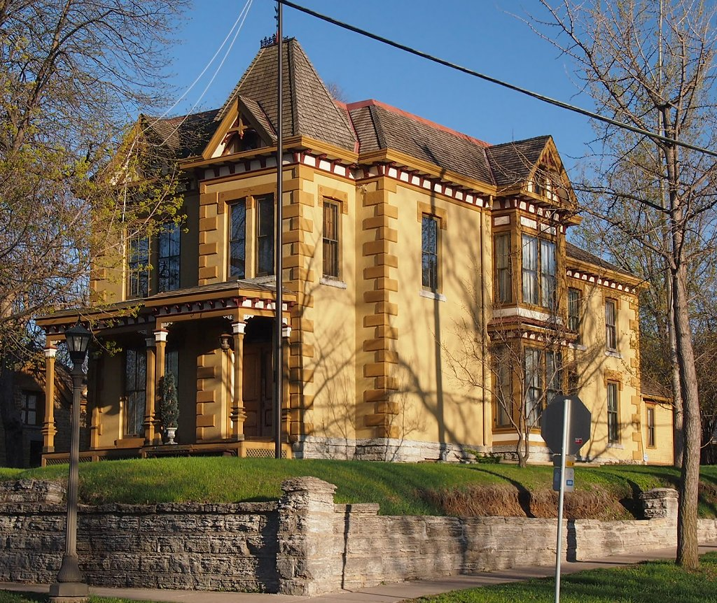 The Rau-Strong House, located on St. Paul's west side, is on the National Register of Historic Places.