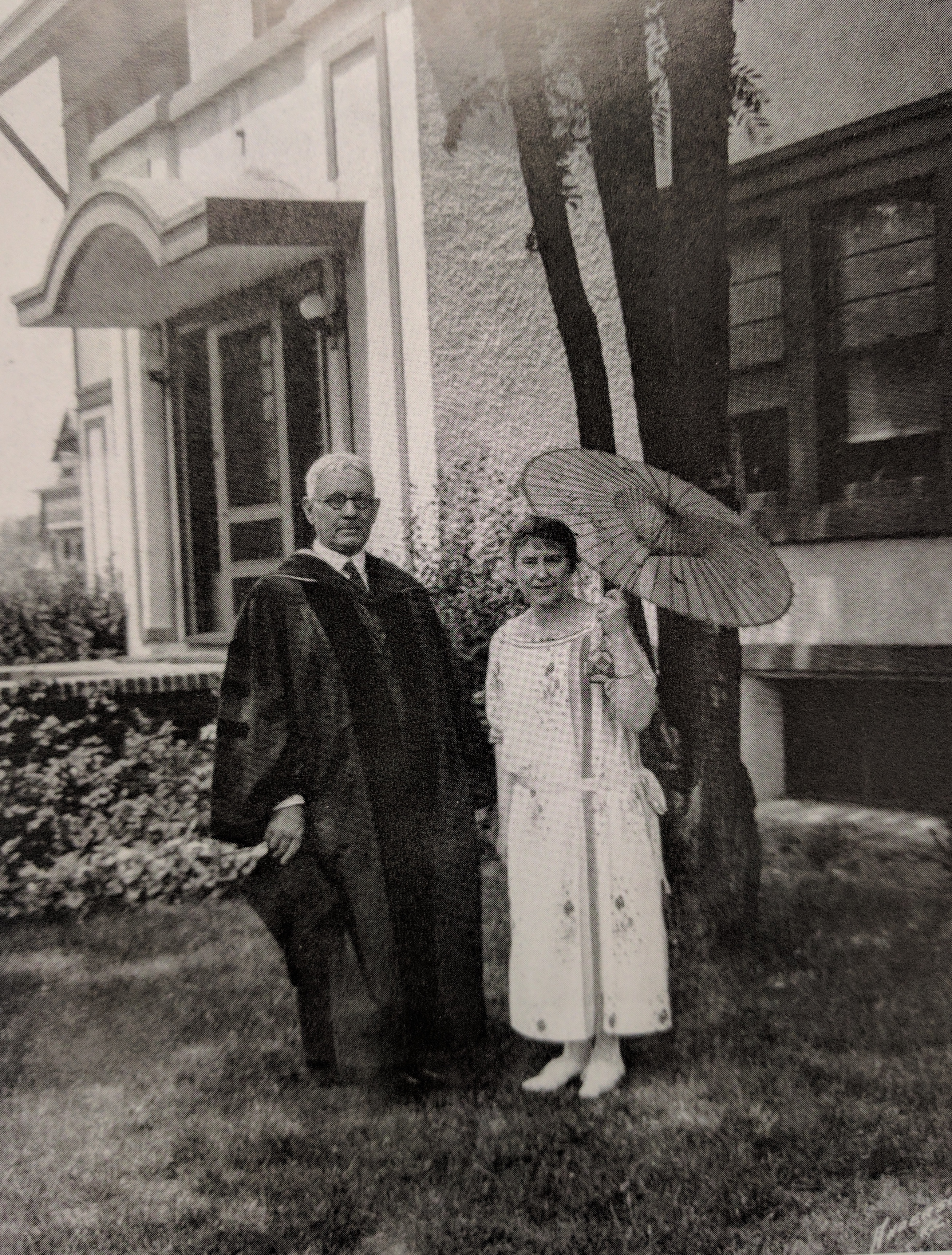 President Frederick Hawley and his wife Pauline Hawley in front of the Park University White House