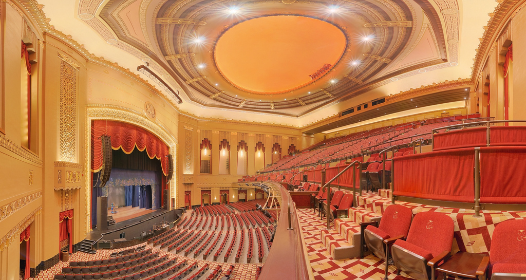 The auditorium of the Peabody Opera House. Image obtained from Flickr.