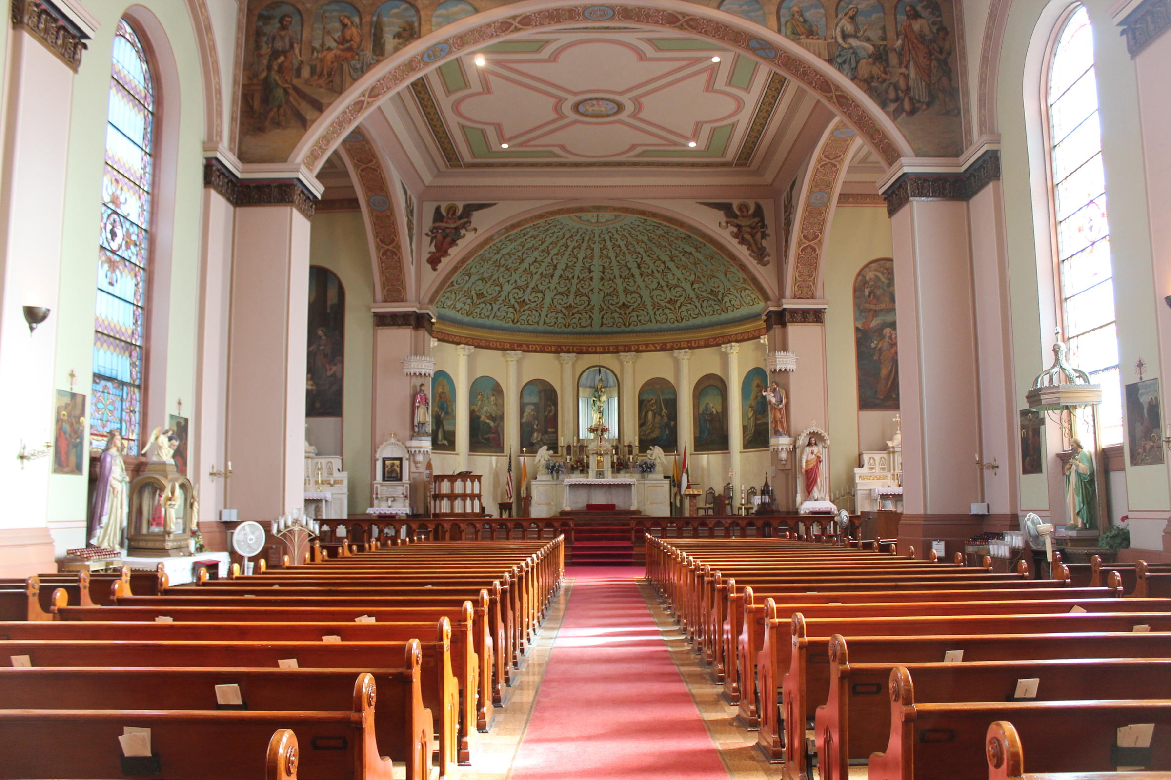 Sanctuary of the church. Image obtained from St. Louis Public Radio.