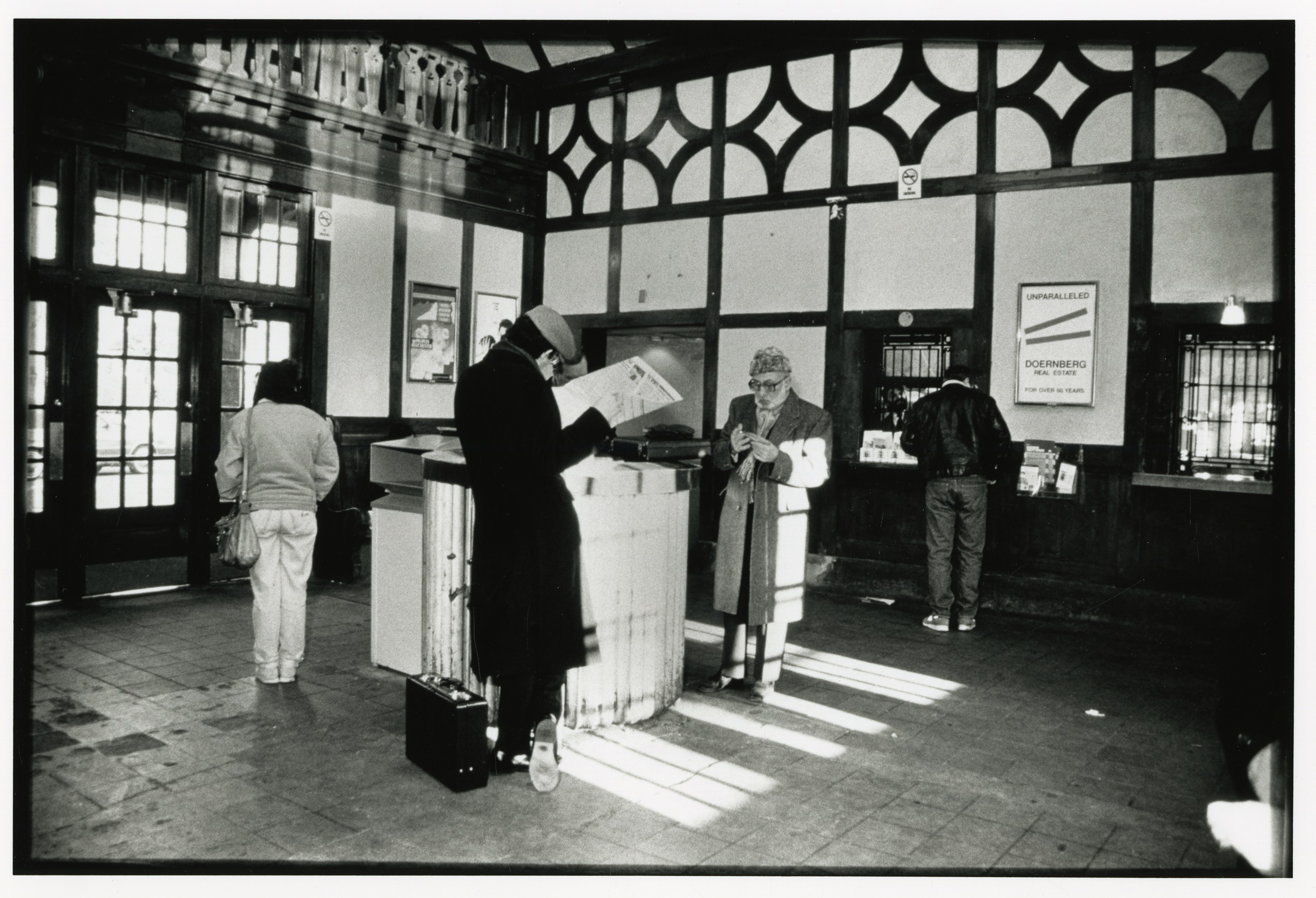 Interior of the Hartsdale Railroad Station in the 1980s.