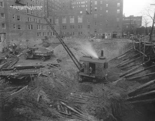 Brown Theatre construction site, Louisville, Kentucky, 1925. ULPA CS 062144, Caufield & Shook Collection, Photographic Archives, University of Louisville, Louisville, Kentucky, http://digital.library.louisville.edu/cdm/ref/collection/cs/id/1336.
