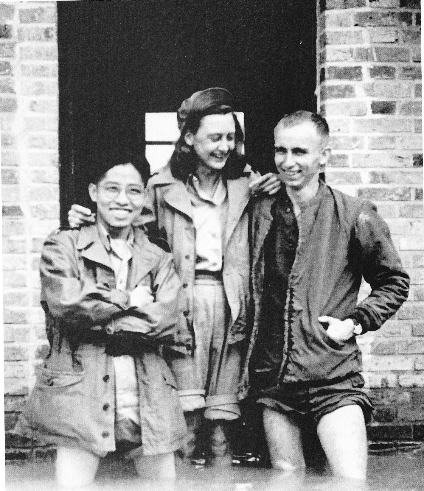 Elizabeth Peet McIntosh in China during World War II, courtesy of Elizabeth P. McIntosh and Linda McCarthy.