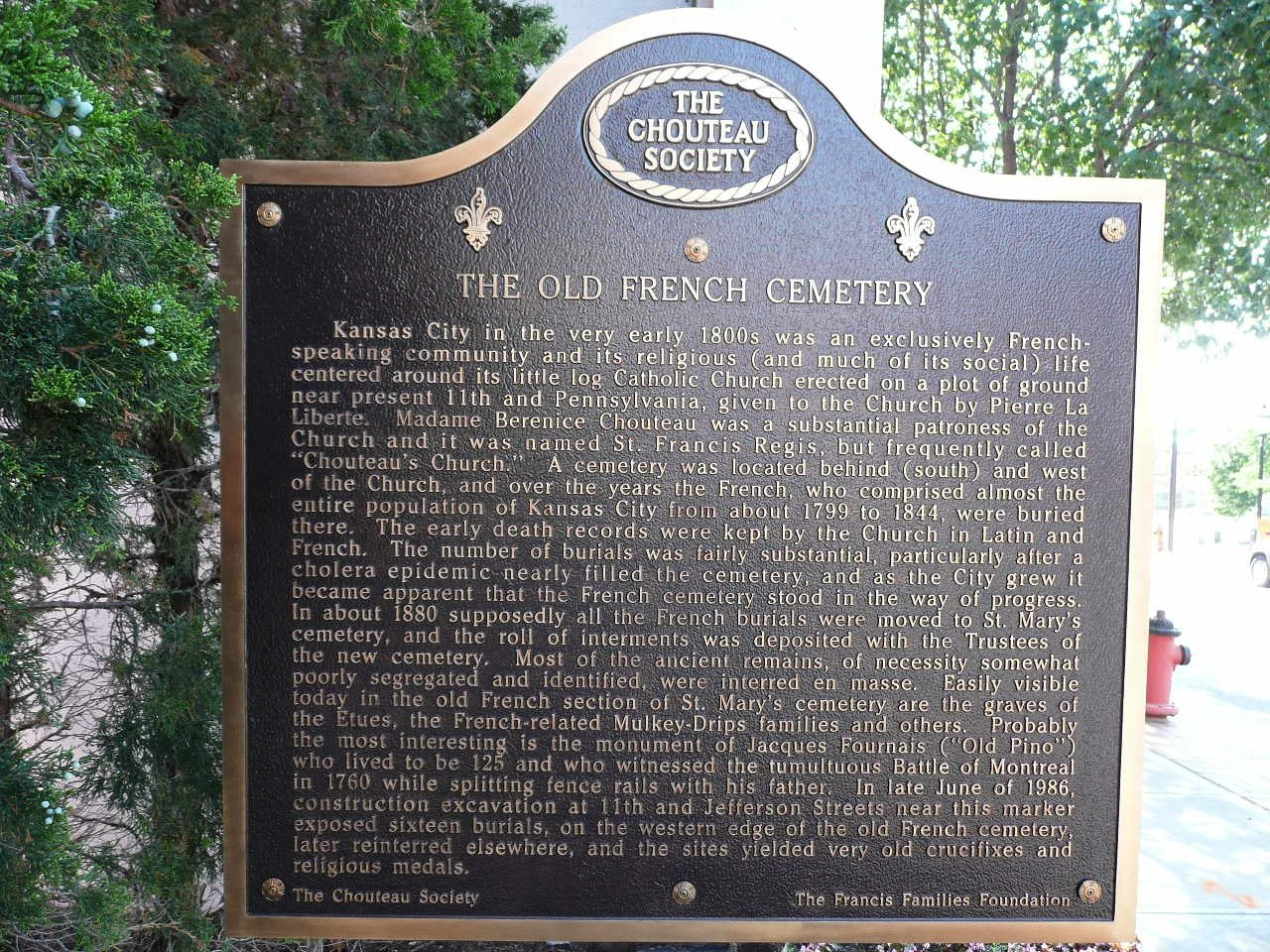 English side of the marker. Image obtained from the Historical Marker Database.