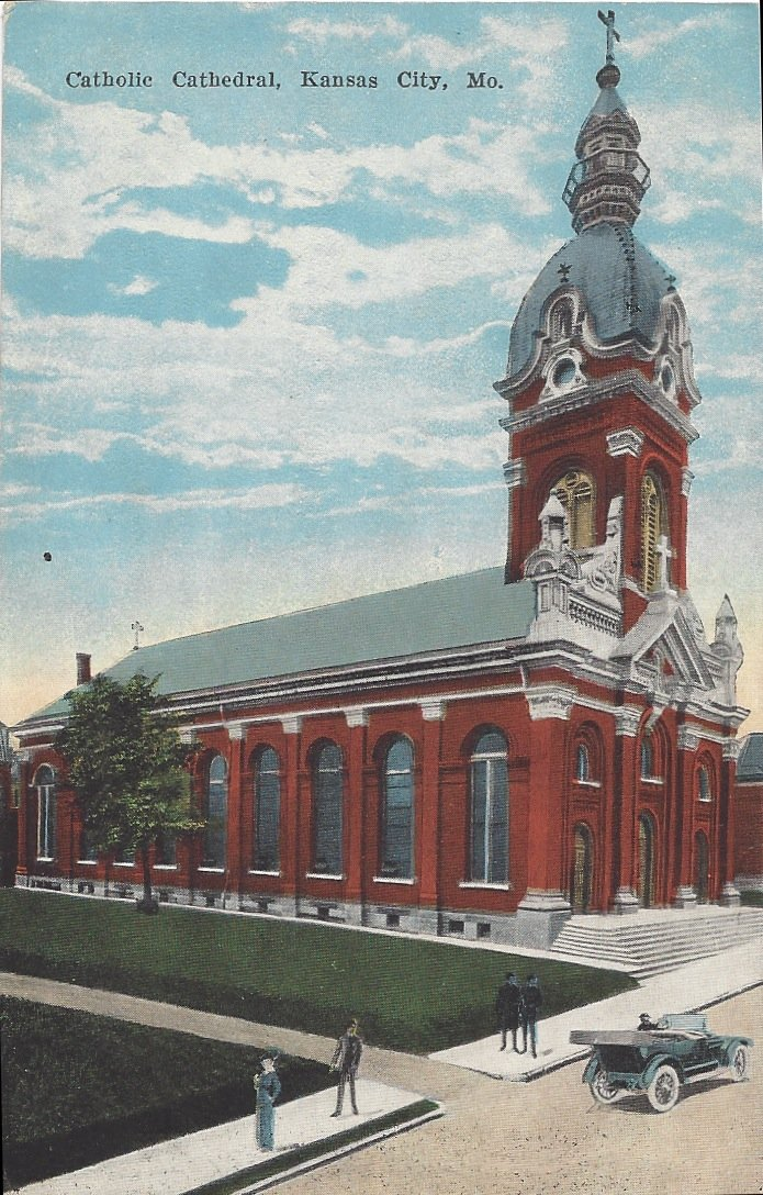 Postcard of the cathedral, with its original copper dome, from the early 1900s. Image obtained from Squeezebox.