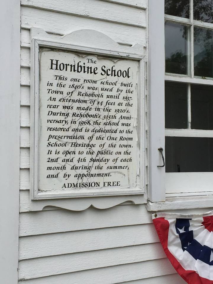 Sign at Hornbine School (Courtesy of a post to the Hornbine School's Facebook page by Adventuregirls0608)
