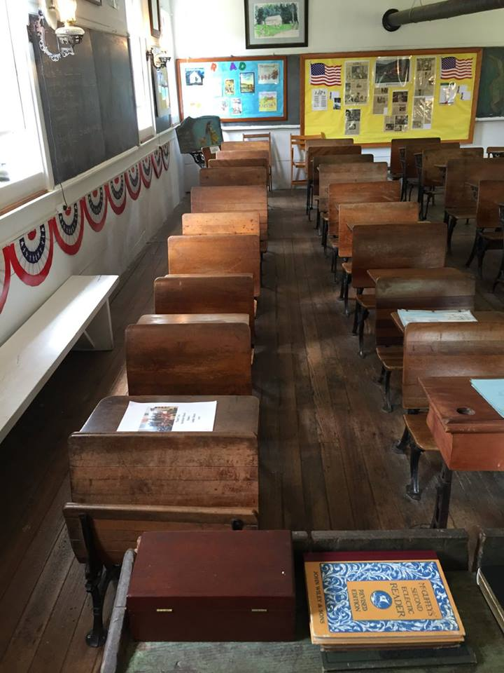 Interior of Hornbine School (Courtesy of a post to the Hornbine School's Facebook page by Adventuregirls0608)