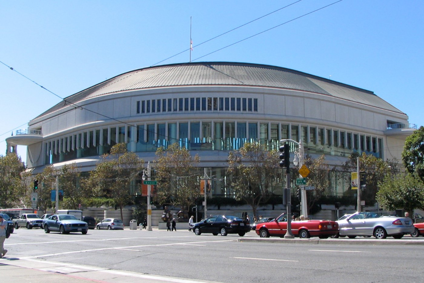 The Louise M. Davies Symphony Hall was constructed in 1980 and is home to the San Francisco Symphony.