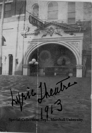 The Lyric Theater during the flood of 1913