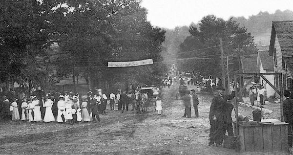 Historic picture of Main Street.