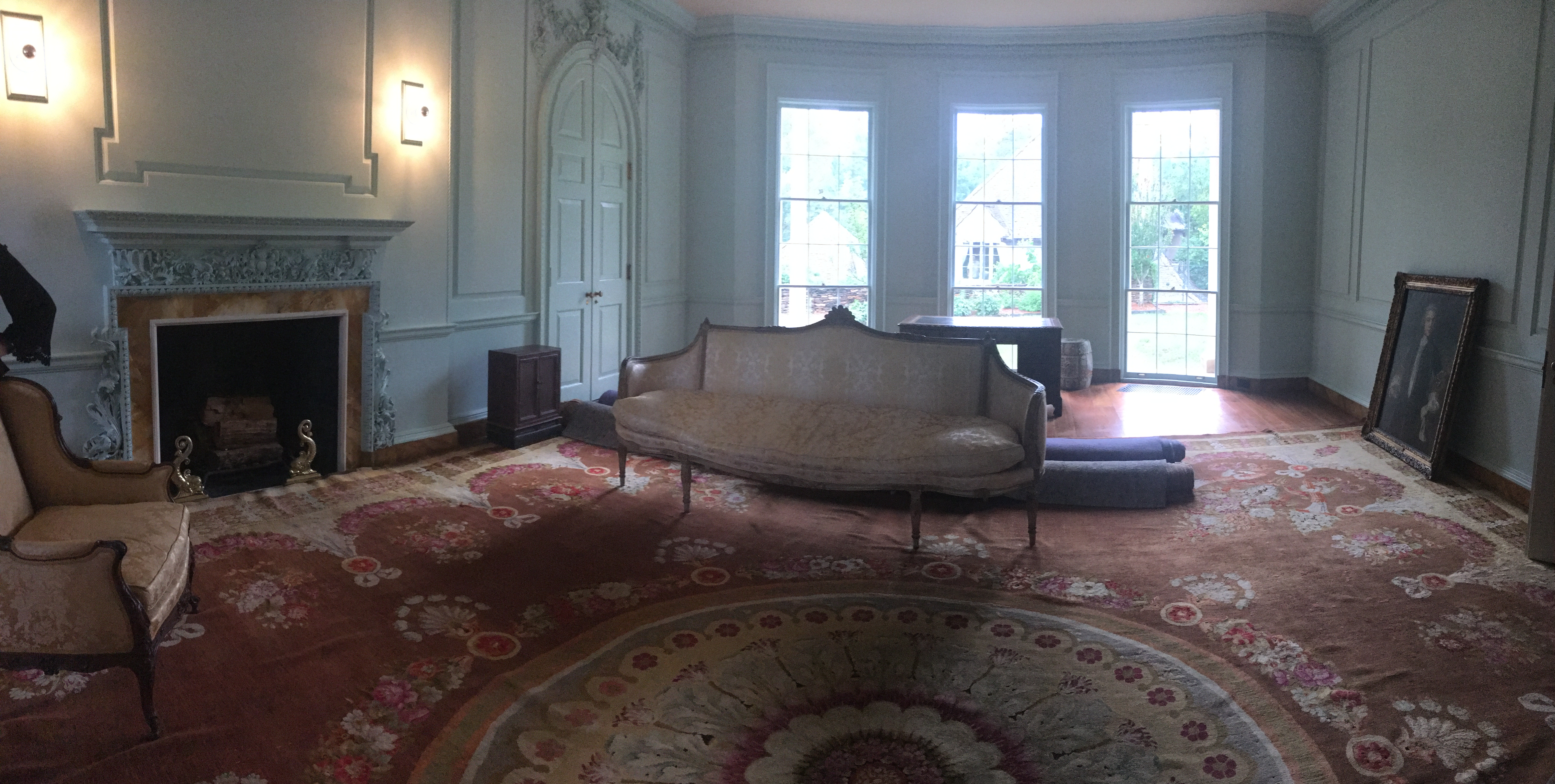 Living Room - furniture and rug are original to home.