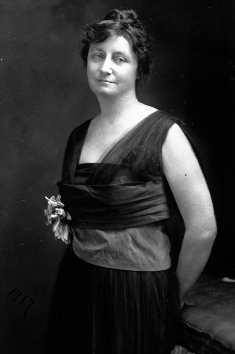 Photograph of Pauline Adams, courtesy of the Library of Virginia.