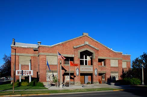 The Baker Heritage Museum explores the county's history form the 1860s to 1960. It is located in the historic Baker Municipal Natatorium.